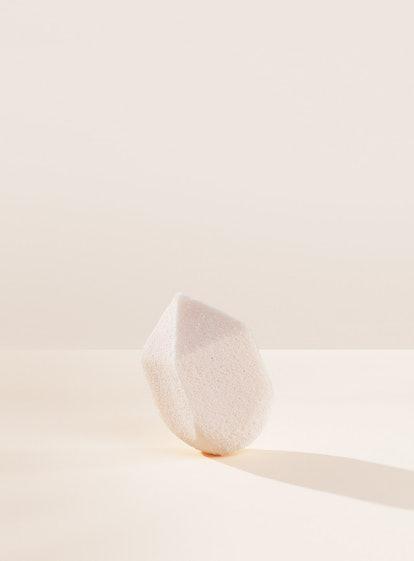 Rare Beauty Liquid Touch Multi-Tasking Sponge
