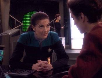 Dax e Kira em 'Deep Space Nine'CBS
