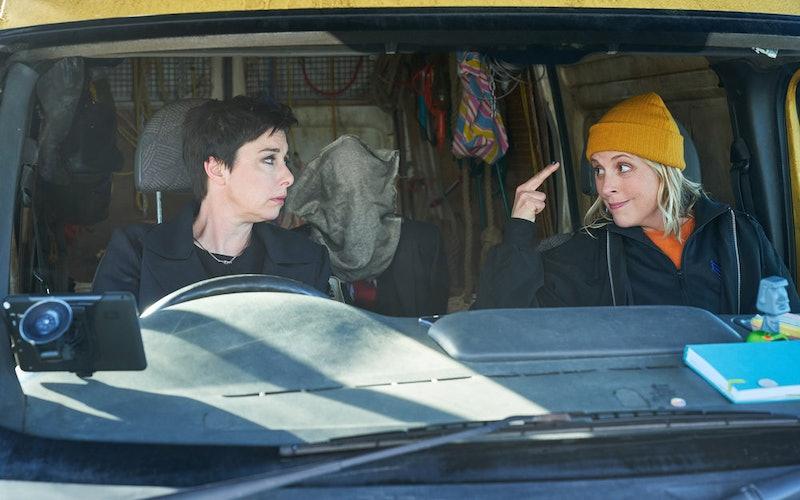 Sue Perkins as Fran, Mel Giedroyc as Jamie in 'Hitmen'