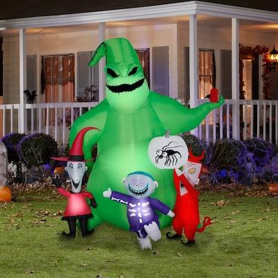 Gemmy Airblown Oogie w/Creatures Scene Disney, 7 ft Tall, Green