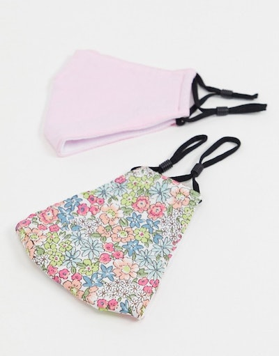 DesignB London Exclusive 2 pack face covering with adjustable straps in pink and floral print
