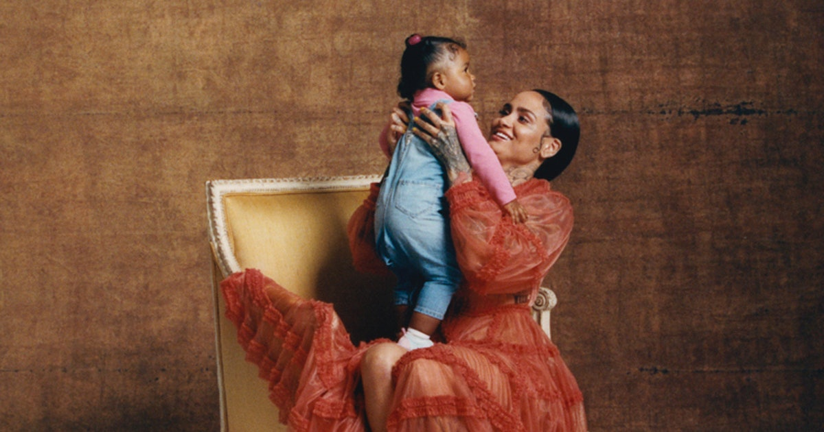 """Kehlani Opens Up About Raising Her 1-Year-Old Daughter To Be A """"Confident"""" Advocate"""