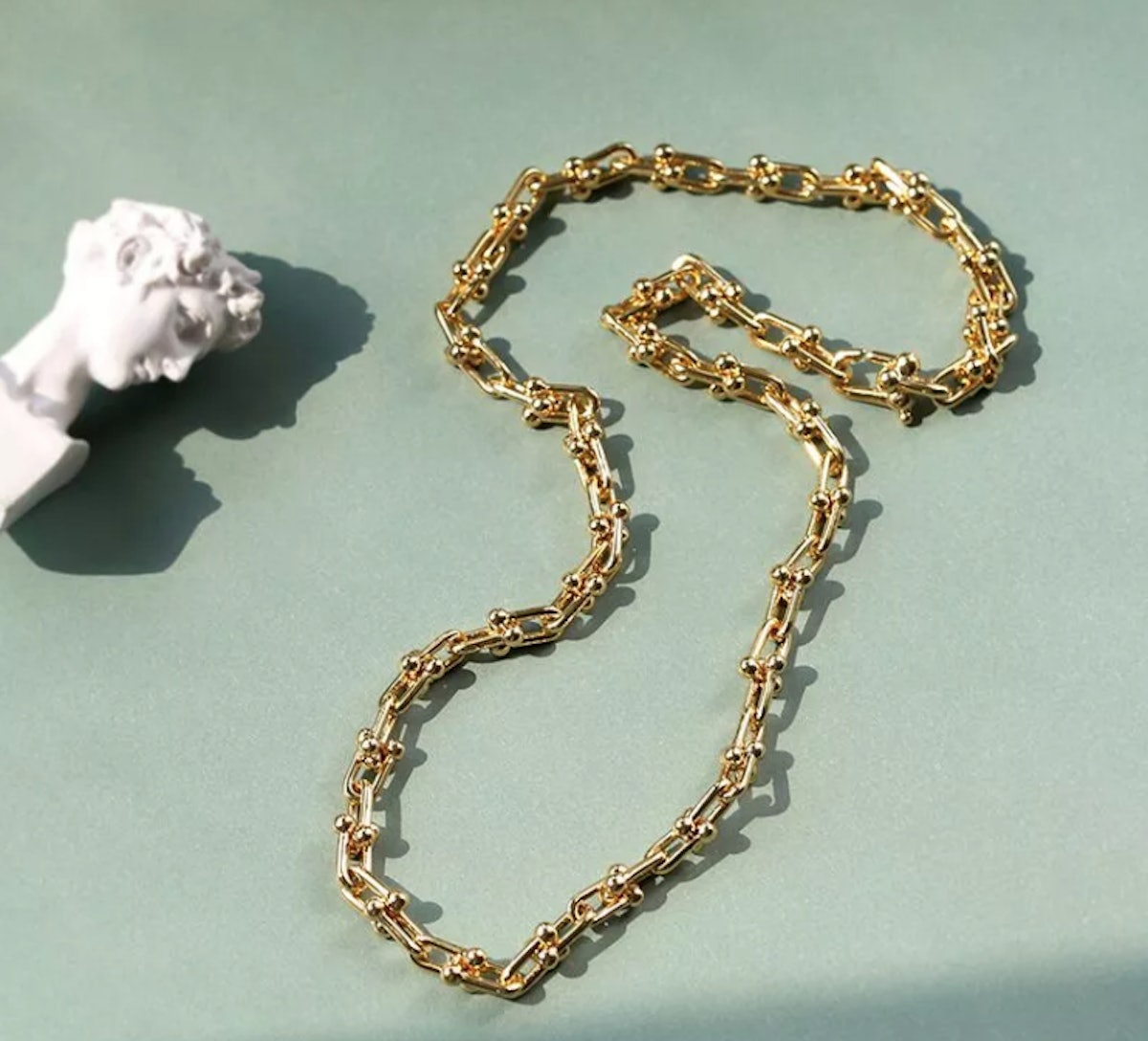 The Vicky Chain