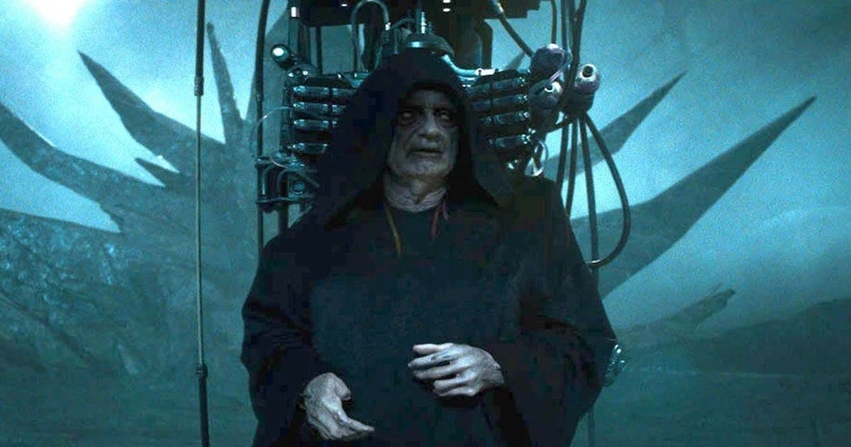 Star Wars theory resolves a huge Palpatine plot hole in 'Rise of Skywalker'