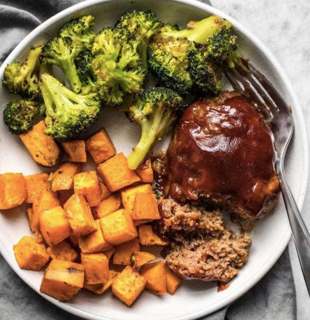 Sheet pan meatloaf