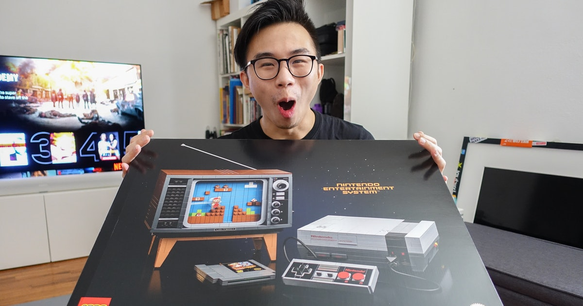 Unboxing the 2,646-piece Lego NES: Holy mother of god this is sweet