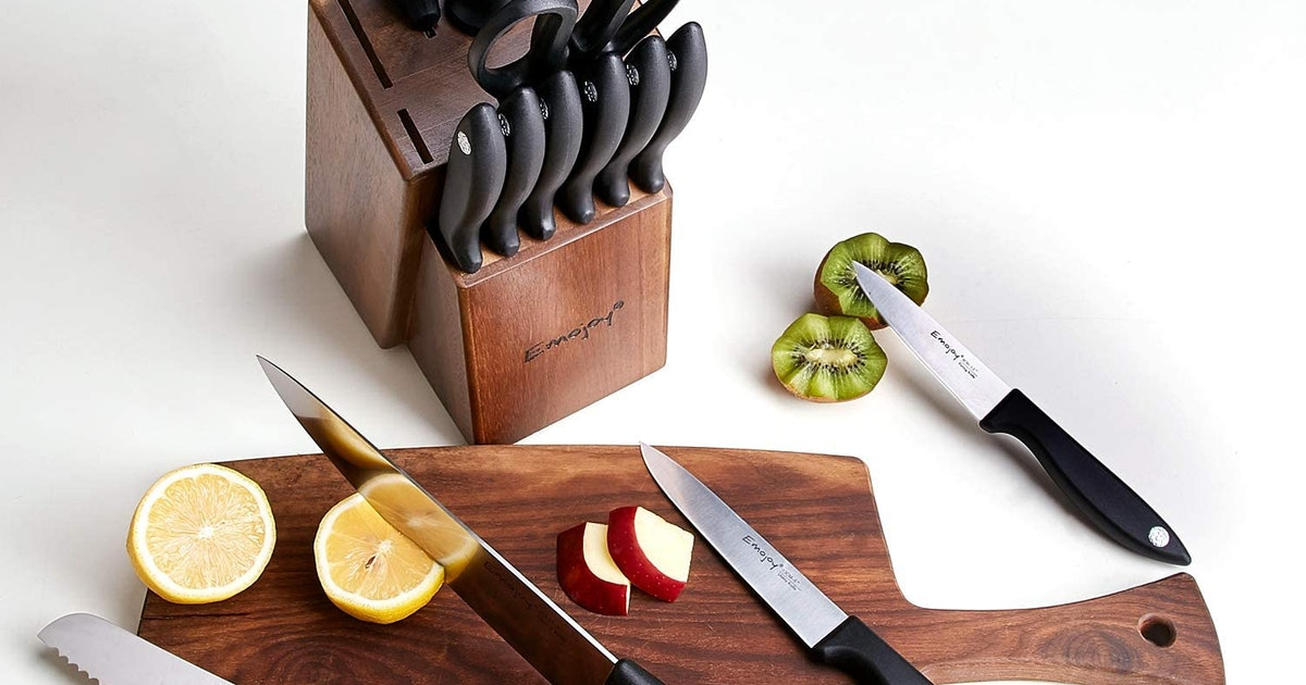 From a single chef's knife to a 12-piece set, these are the best cheap knives on Amazon