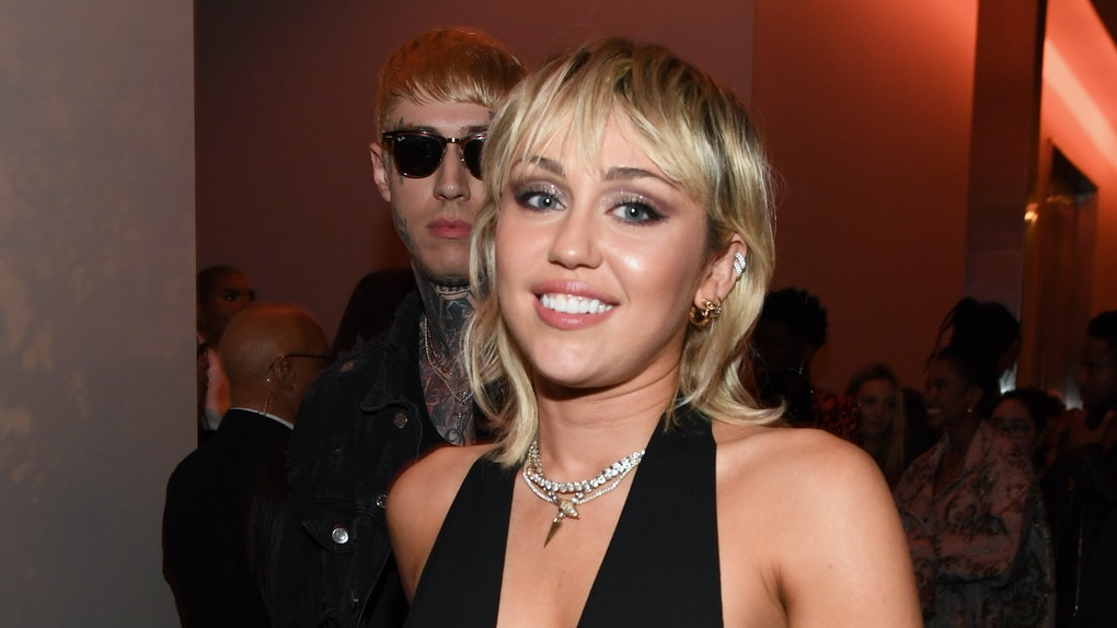 "Miley Cyrus' Reaction To Kourtney Kardashian's ""Wrecking Ball"" Instagram Was Epic"