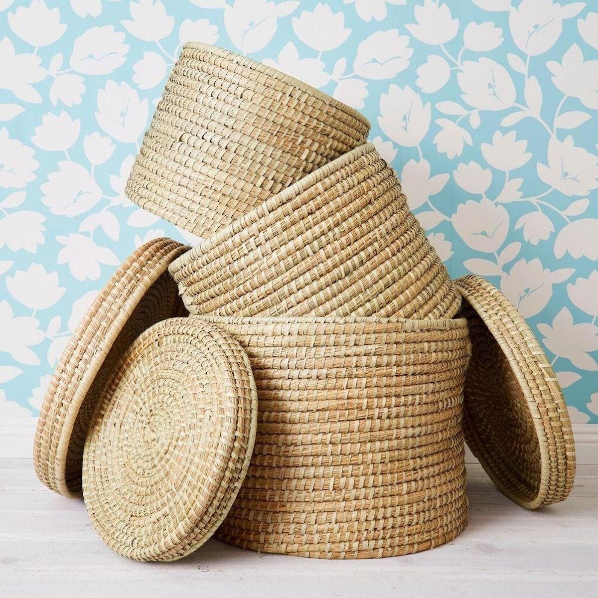 Set of Three Natural Lidded Kaisa Grass Baskets from Bangladesh