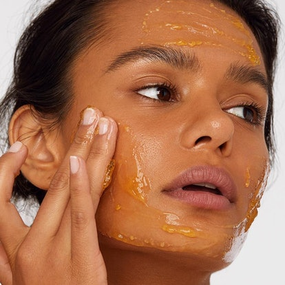 Versed Doctor's Visit Instant Resurfacing Mask texture shot, applied to model's skin.