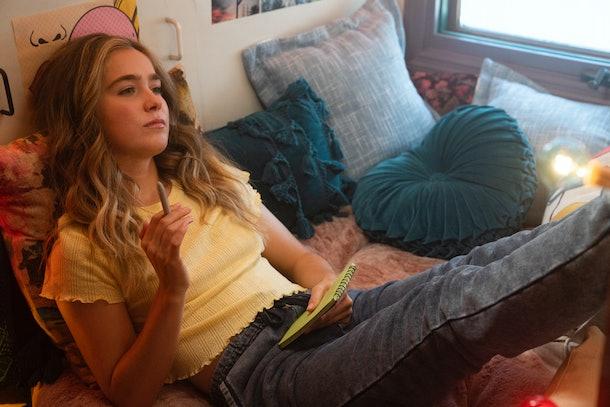 Haley Lu Richardson as Veronica in Unpregnant