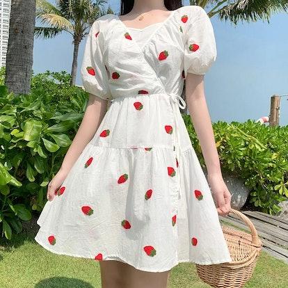 Dog Dog Lolita Strawberry Print Dress Set