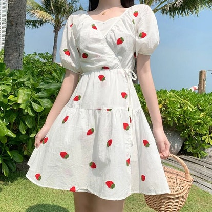 Dog Dog Lolita Strawberry Print Dress Set