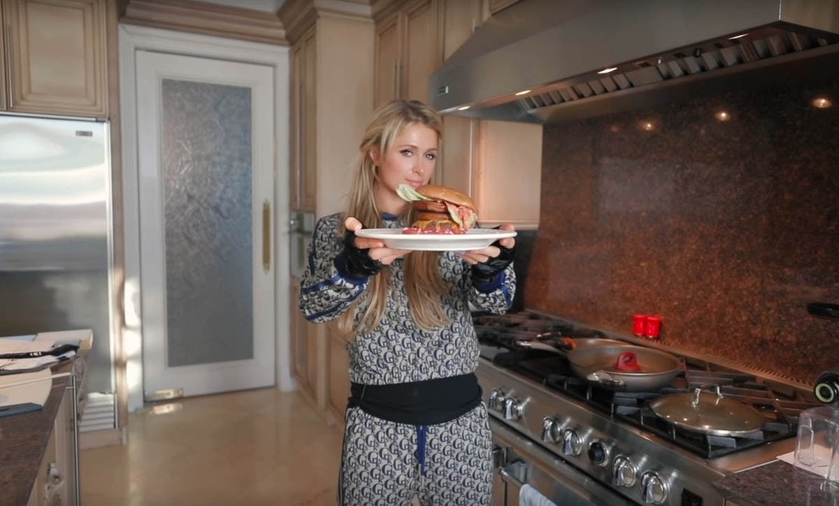 Paris Hilton burger