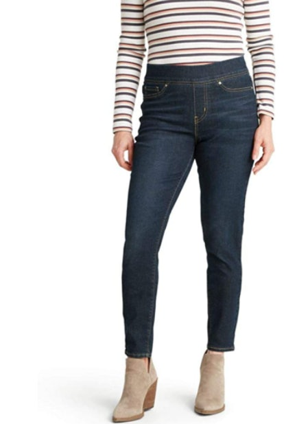 Signature by Levi Strauss & Co. Gold Label Totally Shaping Pull-on Skinny Jeans