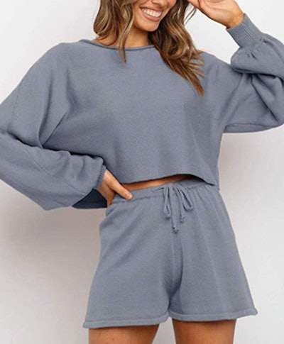 ZESICA Short and Sweater Set