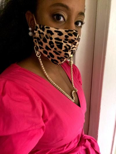 Nikki Mini Face Mask Chain Strap