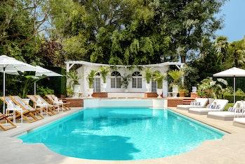 Fresh Prince Airbnb Pool