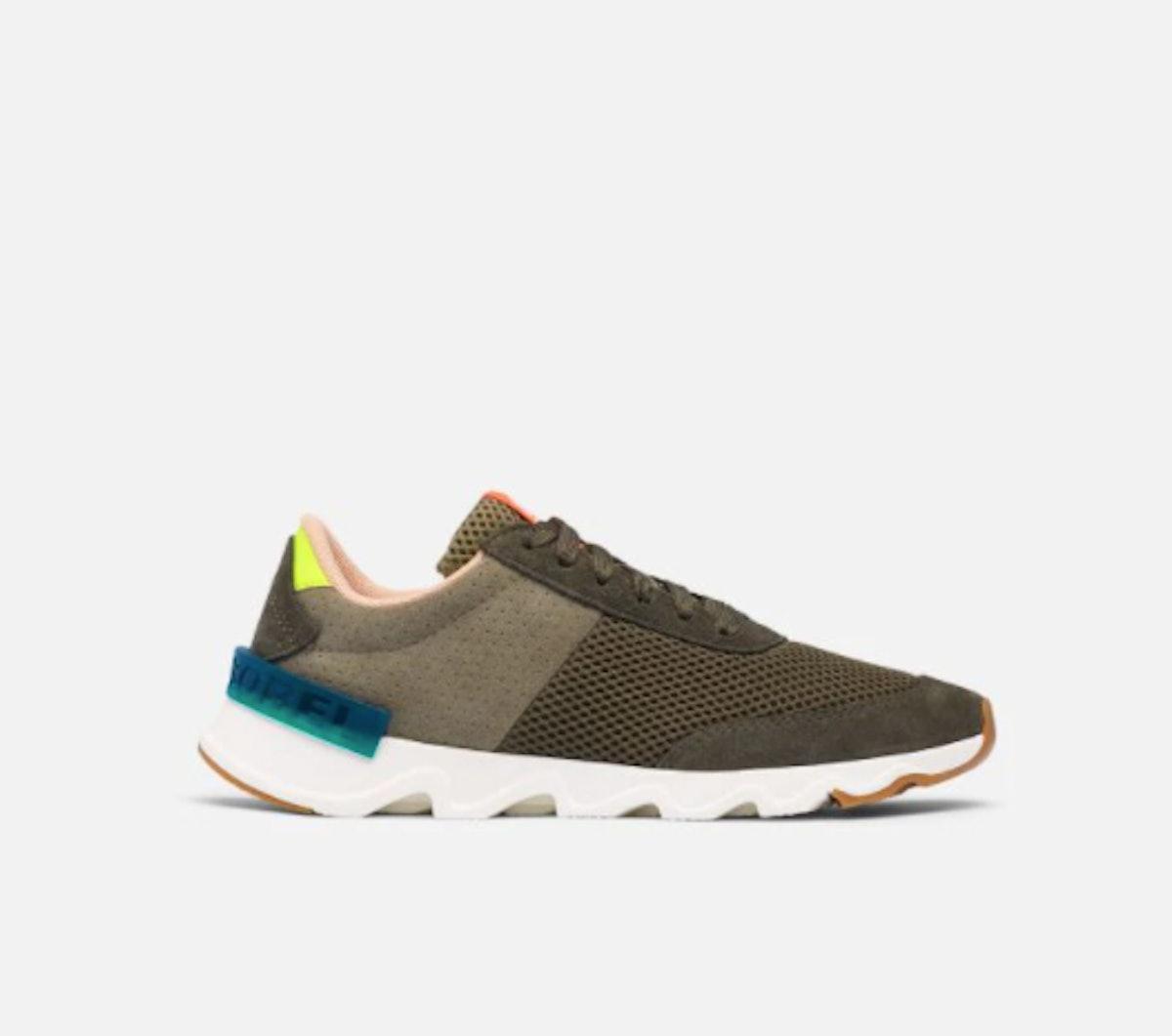 Kinetic Lite Lace Sneaker