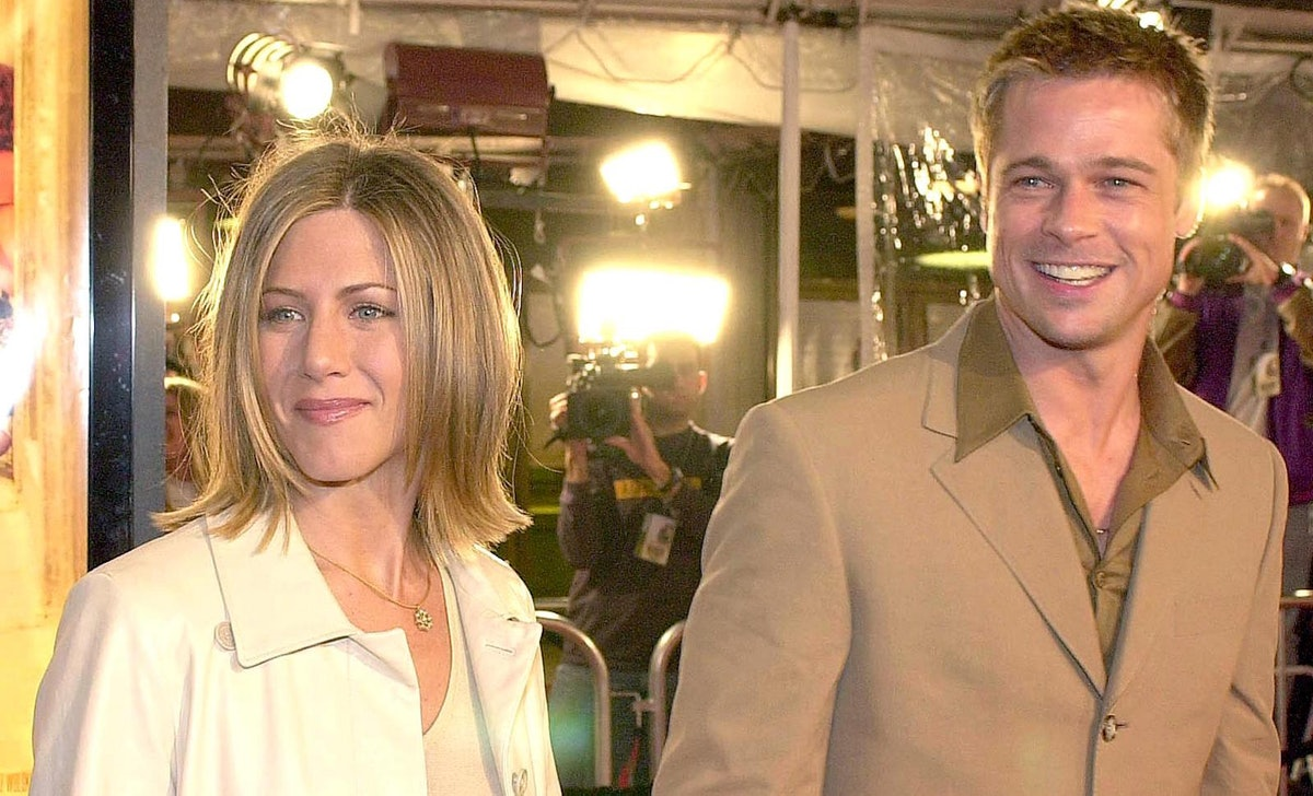 Brad Pitt and Jennifer Aniston will reunite for a 'Fast Times at Ridgemont High' virtual table read.