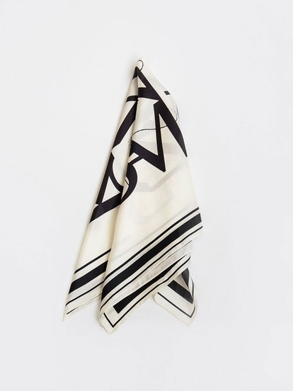 Essential Silk Scarf 03