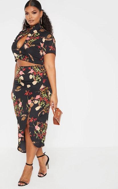 PrettyLittleThing Plus Black Print Button Detail Midi Skirt