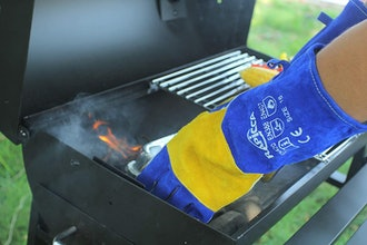 RAPICCA Leather Fire-Resistant BBQ Gloves