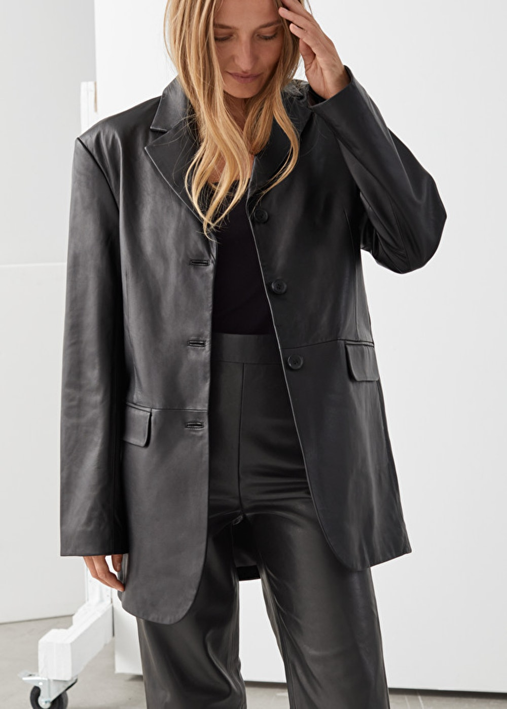 Fitted Straight Leather Blazer