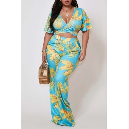Lovely Bohemian Print Baby Blue Plus Size Two-piece Pants Set