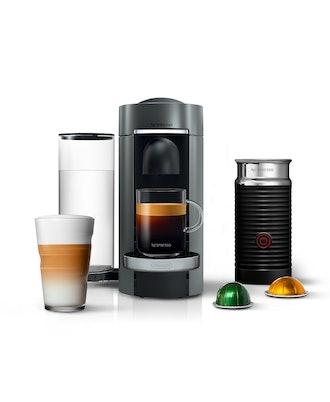 Nespresso by De'Longhi Vertuo Plus Deluxe Coffee & Espresso Maker bundle