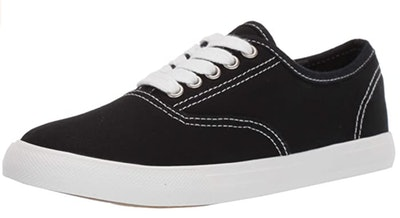 Amazon Essentials Casual Lace Up Sneaker