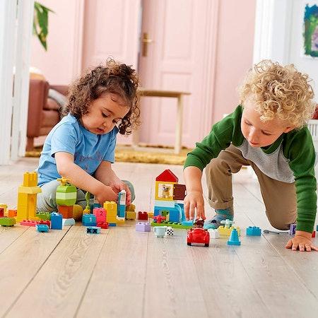 LEGO DUPLO Classic Deluxe Brick Box Starter Set with Storage Box (85 Pieces)