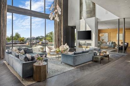 Chrissy Teigen's living room.