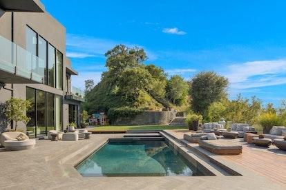 Chrissy Teigen's pool.