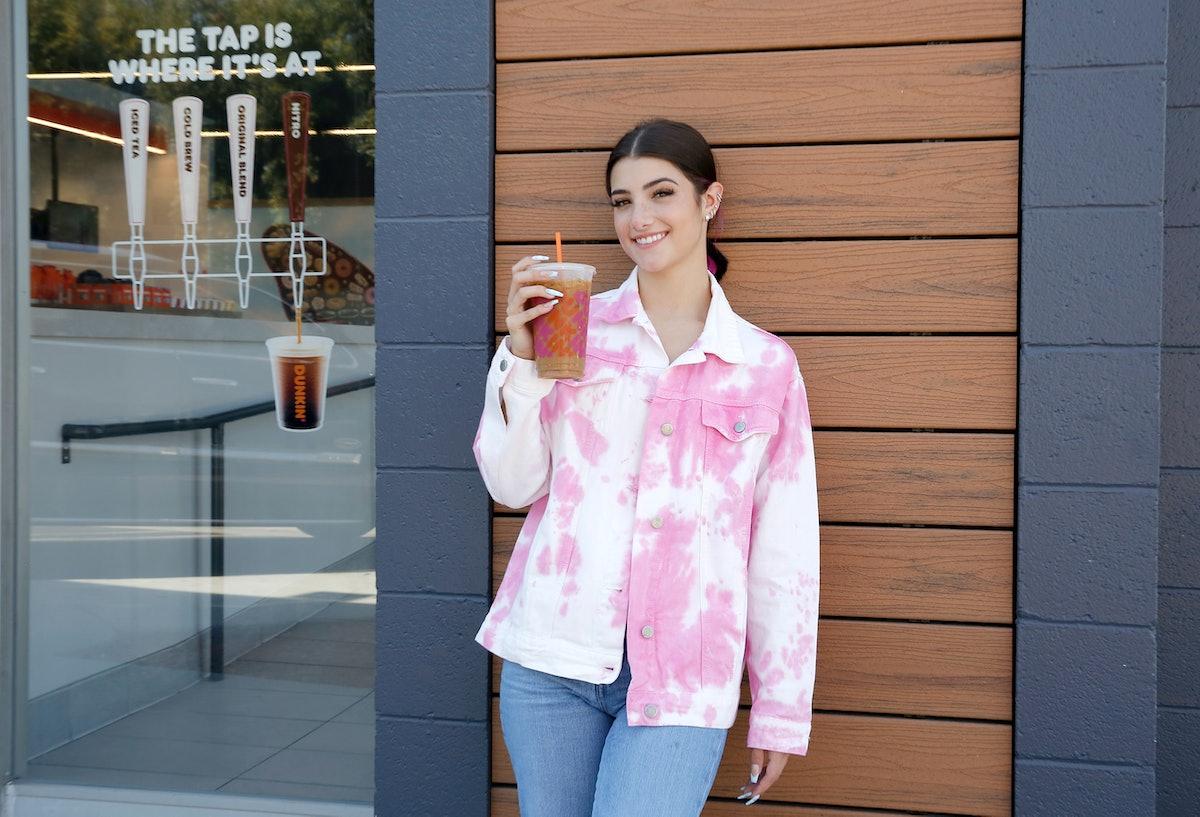 How much caffeine is in Dunkin's Charli D'Amelio drink?