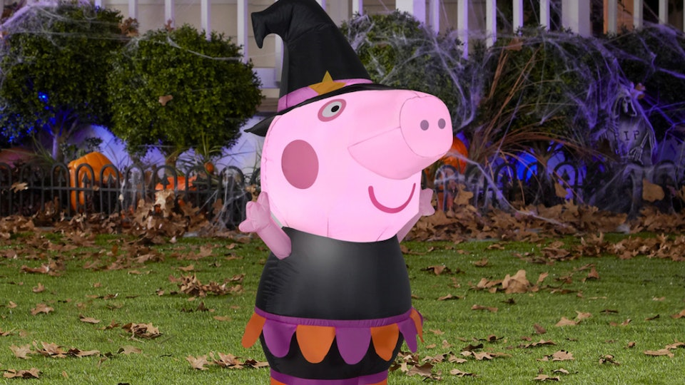 This 'Peppa Pig' Halloween inflatable is an adorable way to celebrate the season.