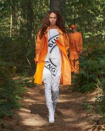 Joan Smalls Walks In Burberry Spring 2021