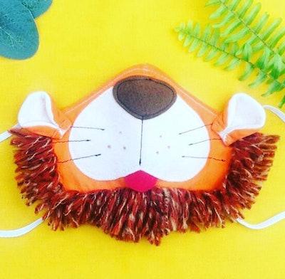 Lion Mask With Fringe