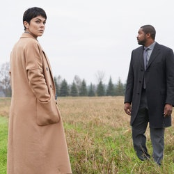 "Serinda Swan as Dr. Jenny Cooper and Roger Cross as Detective Donovan ""Mac"" McAvoy in Coroner on The CW via ViacomCBS Press Site"