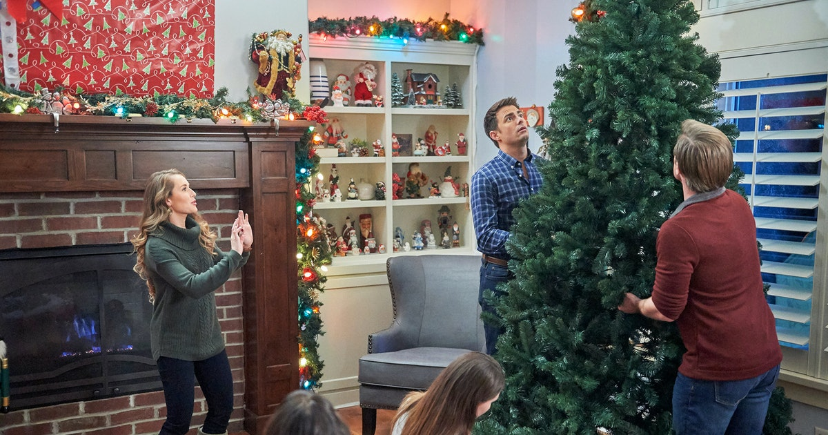 Hallmark's Holiday Movie Lineup Will Keep You Busy From Halloween 'Til Christmas