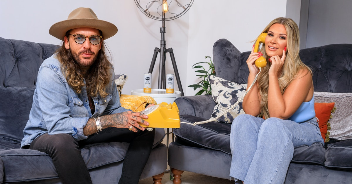 Pete Wicks & Shaughna Phillips Are Opening A Whatsapp Dating Hotline