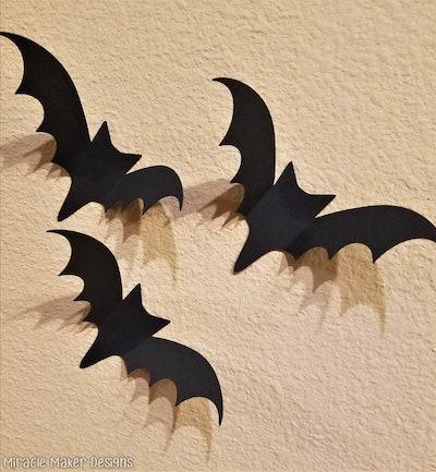 3D Wall Bats