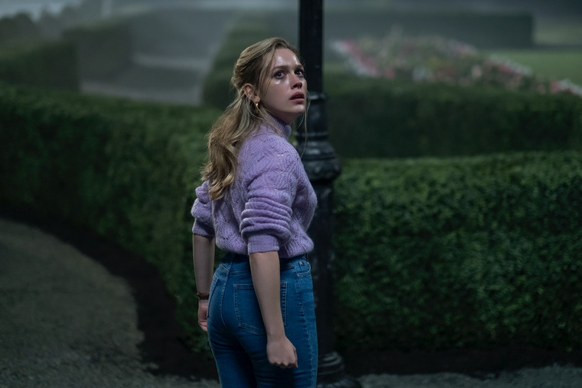 Victoria Pedretti in 'Haunting Of Bly Manor'