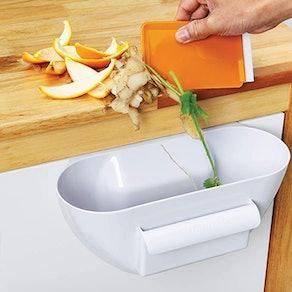 KitchenArt 18530 Scrap Trap With Scraper