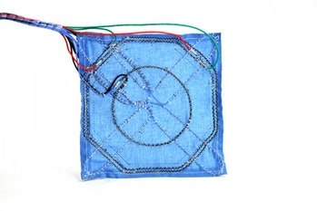 A top-down view of the robotic fabric.