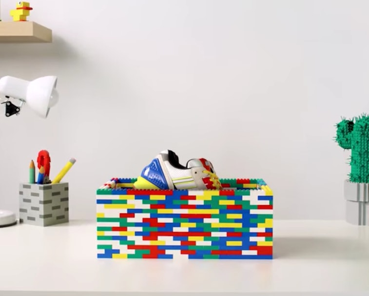 LEGO Adidas ZX 8000
