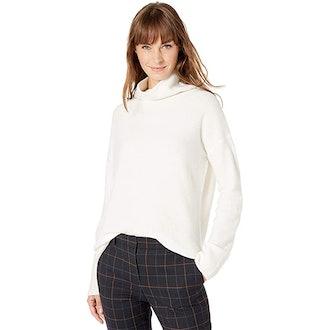 Lark & Ro Oversized Boucle Turtleneck Sweater