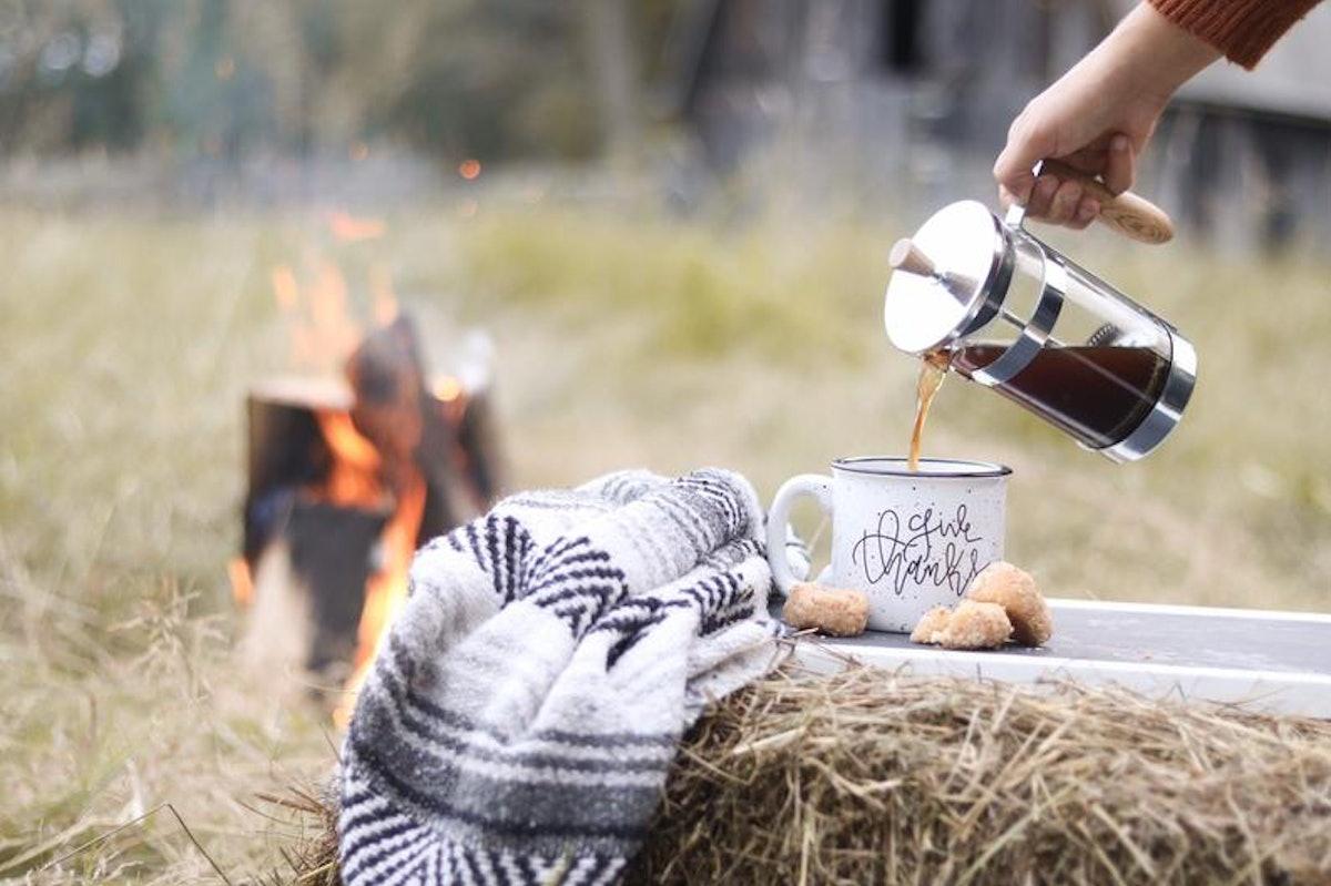 Give Thanks Campfire Mug