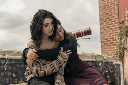 Alexa Mansour and Aliyah Royale, who play Hope and Iris on 'The Walking Dead: World Beyond'
