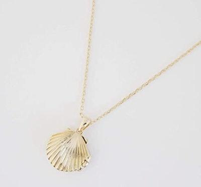 HONEYCAT Shell Necklace